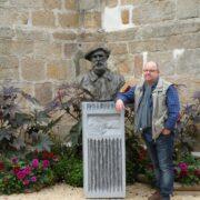 In Fresselines, bij de buste van Monet